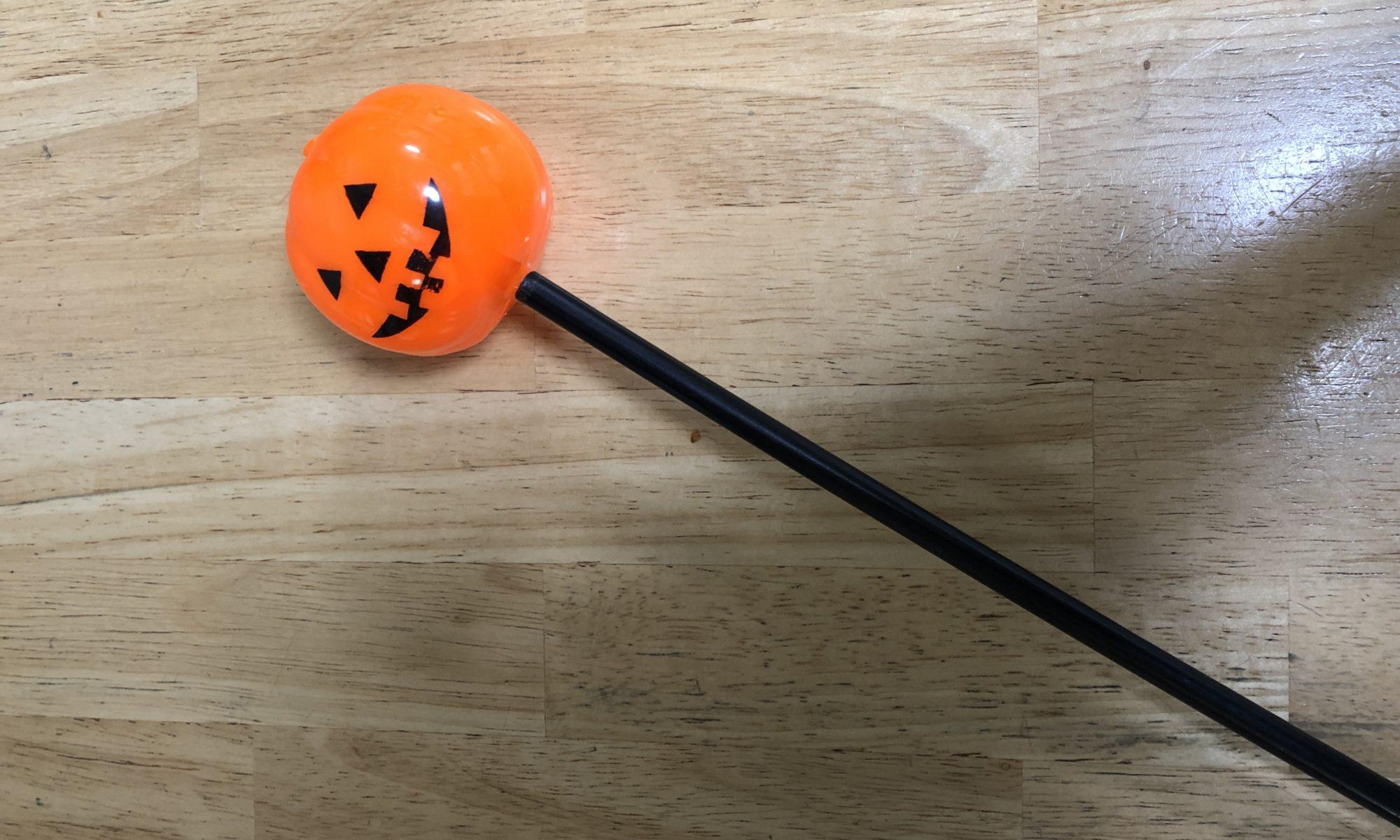 100均 かぼちゃステッキ
